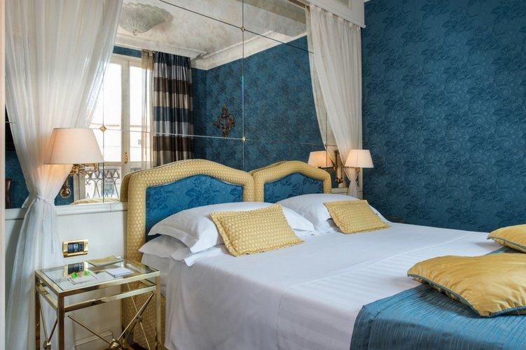 Suite Art Hotel Orologio Bologne, Italie