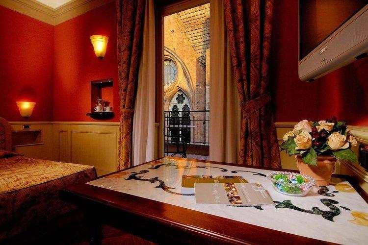 Chambre  art hotel commercianti bologne