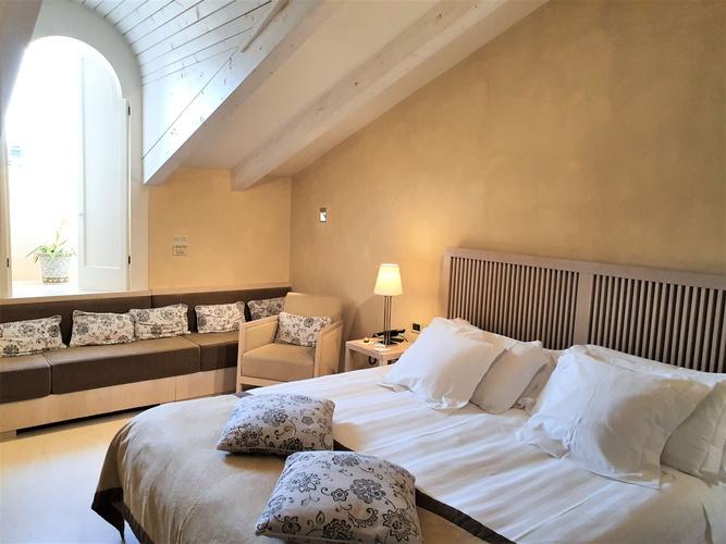 Chambre deluxe  art hotel novecento bologne