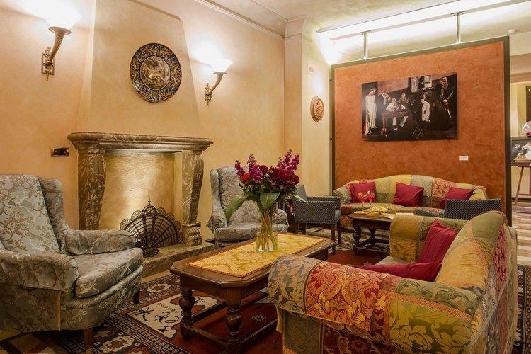 Salon  art hotel commercianti bologne