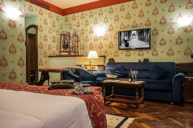 Suite junior  art hotel commercianti bologne