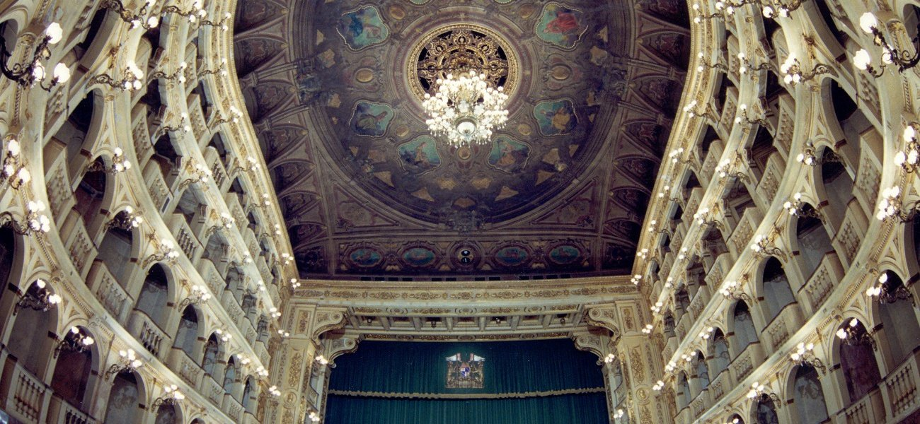 COMUNALE THEATER - OPERA SEASON