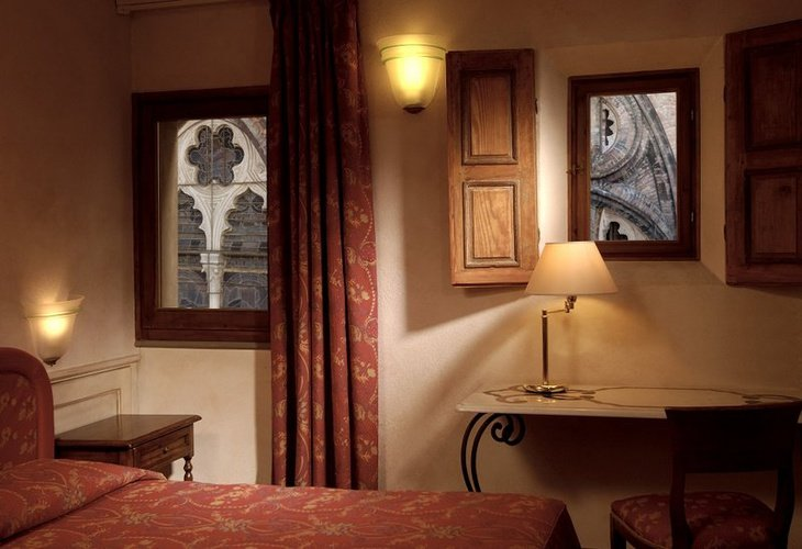 CHAMBRE DOUBLE CLASSIQUE Art Hotel Commercianti Bologne, Italie