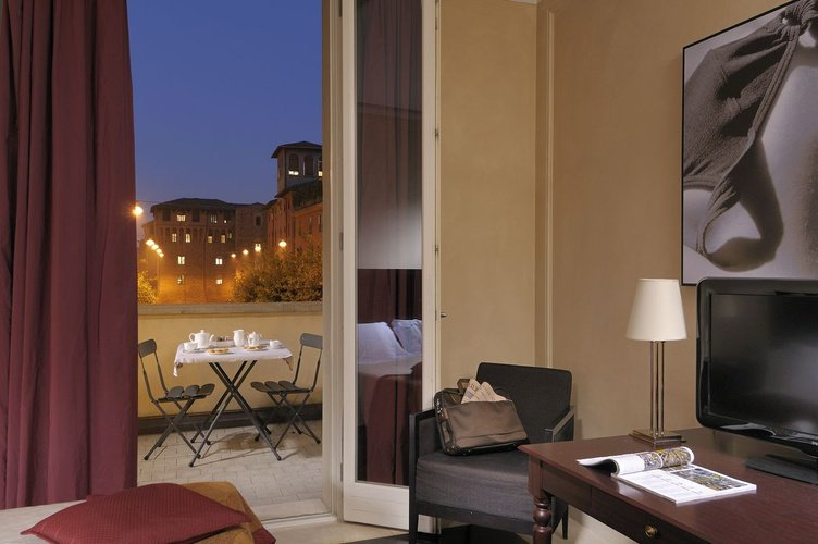 Chambre deluxe  art hotel novecento bologne, italie