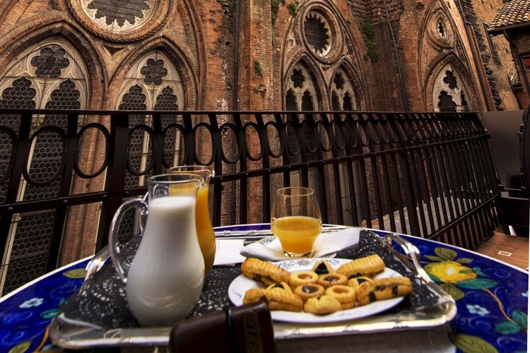 Terrasse  art hotel commercianti bologne