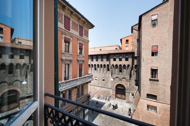 Vues Art Hotel Orologio Bologne, Italie