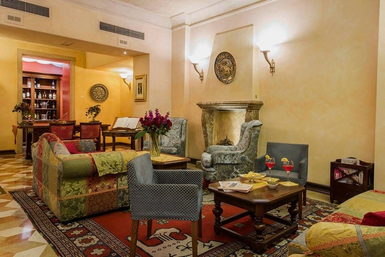 Accueil  art hotel commercianti bologne