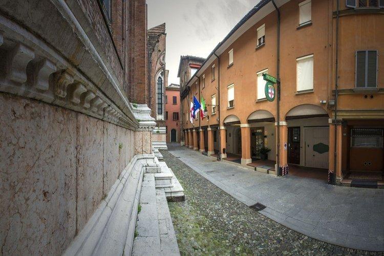 Extérieur  art hotel commercianti bologne