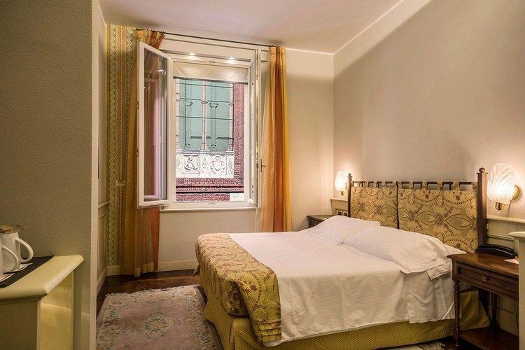 Chambre standard  art hotel commercianti bologne